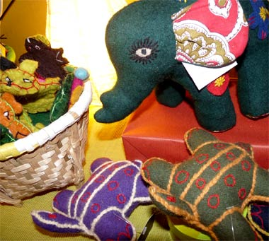 Felt handcrafts at Mahaguthi